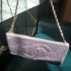 CHANEL Bags - 100% authentic lavender satin Chanel evening bag